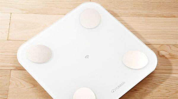 نسخه ی جدید ترازوی دیجیتال هوشمند Yunmai Mini 2 شیائومی با قابلیت اتصال WIFI با قیمت 199 یوان (33 دلار) رونمایی شد