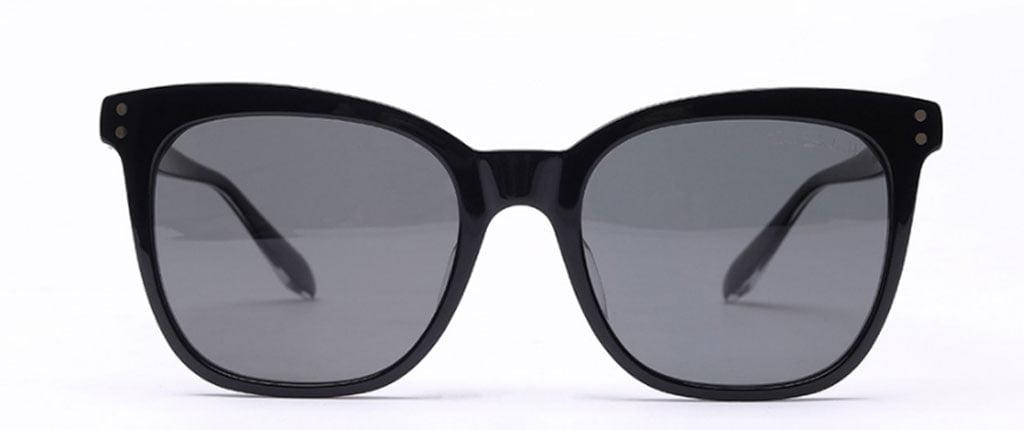 عینک آفتابی TS Turok Steinhardt با فرمی به شکل چشم گربه